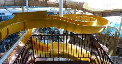 Thunderfalls Waterslide (gelbe Rutsche) :: yellow Water Slide   Sandcastle Waterpark Blackpool